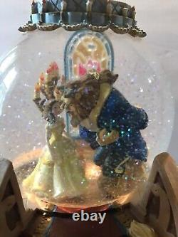 1991 Beauty and The Beast lighted Musical Snow Globe The Enchanted Love
