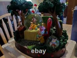 Alice In Wonderland Snowglobe Musical Disney Store NIB