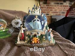 Cinderella Castle light up musical movement snow globe