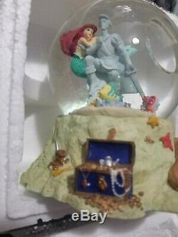 DISNEY LITTLE MERMAID PART OF YOUR WORLD MUSICAL SNOWGLOBE New in box