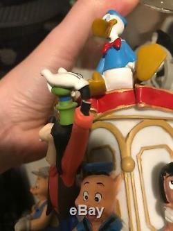 DISNEY Mickey's 75th Anniversary Steamboat musical snow globe-read Description
