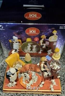 Disney 101 Dalmatians Family Time Musical Light Up Snow Globe
