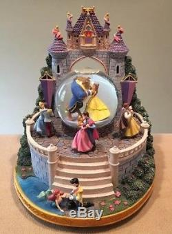 Disney 5-Princess Musical Dancing Snow Globe 9x10H Once Upon A Dream Excellent