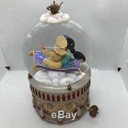 Disney ALADDIN & JASMINE SNOWGLOBE Music Box Plays A Whole New World In Box