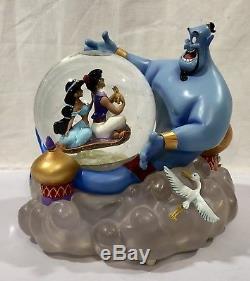 Disney Aladdin A WHOLE NEW WORLD Musical Figurine SnowGlobe