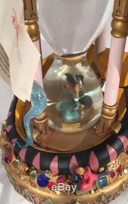 Disney Aladdin Hourglass Light-up Musical Snowglobe Genie Jasmine Abu Jafar Box