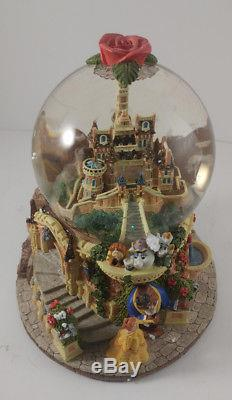 Disney BEAUTY AND THE BEAST CASTLE MUSICAL SNOWGLOBE BEAUTY AND THE BEAST