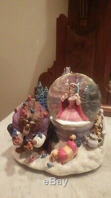 Disney BEAUTY AND THE BEAST Snow Globe WINTER BIRD FEEDING SCENE Musical Ht. 8