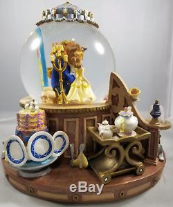 Disney Beauty And The Beast The Enchanted Love Musical Light Up Snow Globe Rare