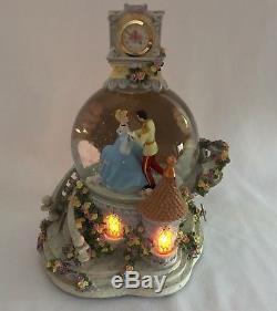 Disney Cinderella Dancing with Prince Musical Snow Globe Vintage Rare Snowglobe
