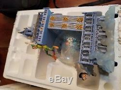 Disney Collectible Peter Pan Snow Globe You Can Fly Big Ben Clock Tower Music 14