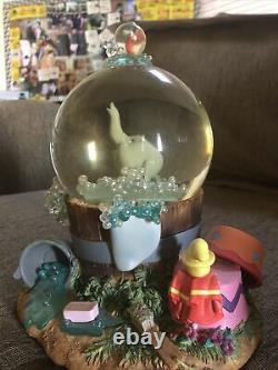 Disney Dumbo Musical Snowglobe Rockabye Baby