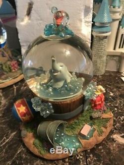 Disney Dumbo Rock A Bye Baby Musical Snowglobe Globe