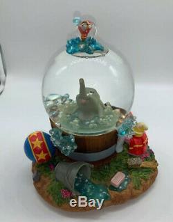Disney Dumbo Takes A Bath Musical Snowglobe