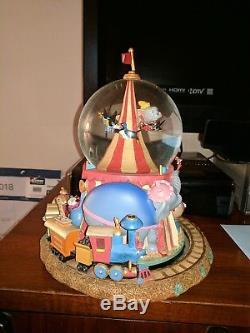 Disney Dumbo musical snow globe Rare