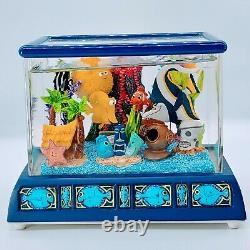 Disney Finding Nemo Aquarium Fish Tank Snow Globe Rare Music Box Tiny Bubbles