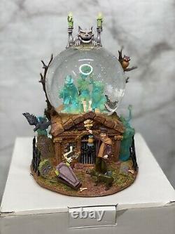 Disney Haunted Mansion Grim Grinning Ghosts Snow Globe Light Up Music