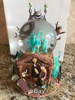 Disney Haunted Mansion Musical Snowglobe Grin Grinning Ghosts Water Snow Globe