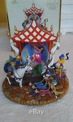 Disney Hunchback Of Notre Dame Musical Snow Globe (Super Rare Limited Edition)