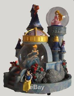 Disney Magical PRINCESS CASTLE SNOWGLOBE Musical, Lights Up, Snowmotion MINT