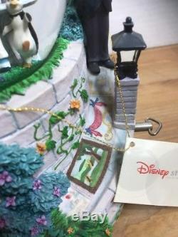 Disney Mary Poppins Let's Go Fly A Kite! Motion Fig Musical Snow Globe