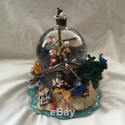 Disney Mickey Goofy Donald PIRATES ADVENTURES Musical Figurines SnowGlobe-MIB