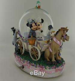 Disney Mickey & Minnie Wedding March Carriage Musical Snowglobe Lights