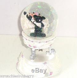 Disney Mickey Minnie Wedding Mouse Musical Snowglobe Theme Parks Cake Topper