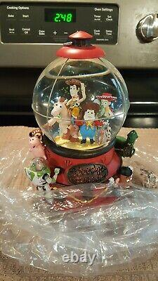Disney Musical Snow Disney Toy Story 2 Woodys Roundup Snow Globe Lights 1996