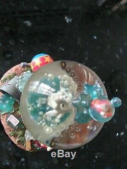 Disney Musical Snow Globe Dumbo Takes A Bubble Bath RARE Snowglobe
