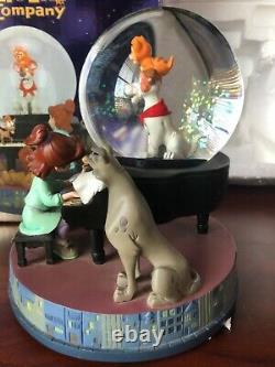 Disney Oliver and Company Snowglobe Musical with box