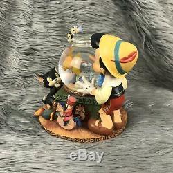 Disney Pinocchio Toyland Victor Herbert Fishbowl Cleo Figoro Musical Snow Globe