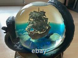Disney Pirates Of The Caribbean Snowglobe Water Globe Musical Very Rare
