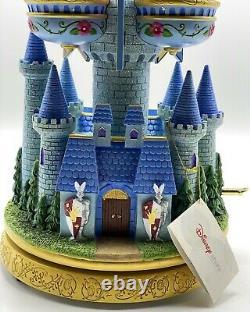 Disney Princess Castle Large 13 Balconies Musical Snow Globe. In original box