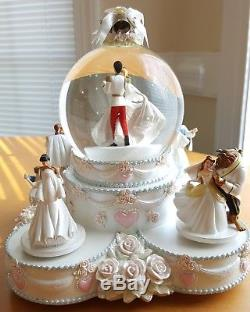 Disney Princess Wedding Cake Musical Snowglobe Water Snow Globe Everlasting Love