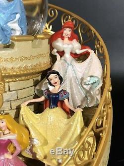 Disney Princesses Staircase HAPPIEST CELEBRATION ON EARTH Musical SnowGlobe