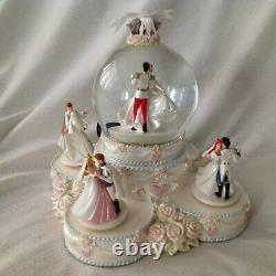 Disney Princesses WEDDING CAKE Cinderella Belle Ariel Figurine Music Snowglobe