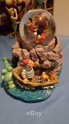 Disney RARE Peter Pan Captain Hook Wendy Bell Tic Toc Snowglobe Music Box SALE