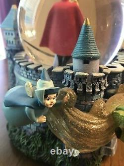 Disney Sleeping Beauty Aurora Once Upon a Dream Musical Snow Globe