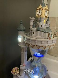 Disney Snow Globe HOURGLASS CINDERELLA Musical RARE withBox Lights Up