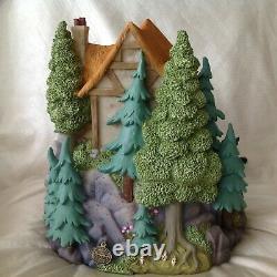 Disney Snow White & 7 Dwarfs Musical Rotating Figurine SnowGlobe-MIB