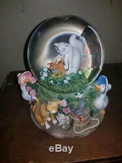 Disney Snowglobe Aristocats musical rare