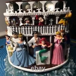 Disney Steamboat Willie Musical Glitter Globe. Plays Zip-A-Dee-Doo-Dah