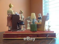 Disney Store 101 Dalmatian Dog Anniversary Family Cruella De Vil Music SnowGlobe