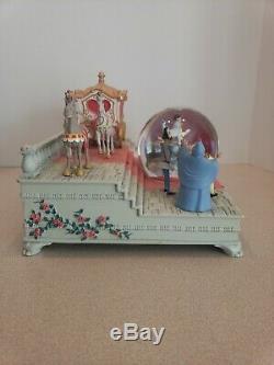 Disney Store Exclusive 60th Anniversary Cinderella Wedding Music Snowglobe AS IS