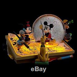 Disney Store Mickey Friends Comic Strip Light up Musical Snowglobe New with Box