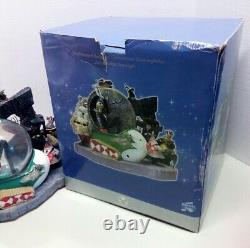 Disney Store Nightmare Before Christmas Snowglobe Halloween Town Lighted Musical
