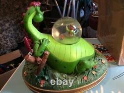 Disney Store Pete's Dragon Snowglobe Music Box Snow Globe