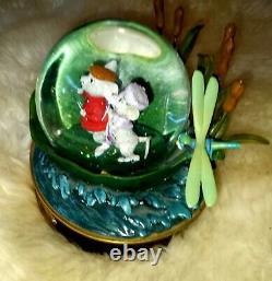 Disney Store Snow Globe 1976 The Rescuers 30th Anniversary withmusic box rare