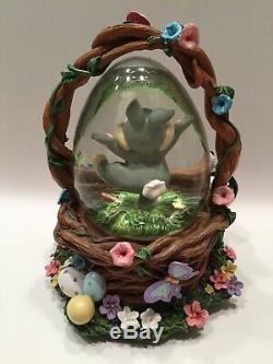 Disney THUMPER in Basket SNOW GLOBE Eggs Flower Skunk Musical Easter Parade RARE